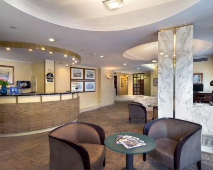 The lobby of the Best Western Hotel Piccadilly, where you can ask the reception, relax with a newspaper or surf on line thanks to the internet point!