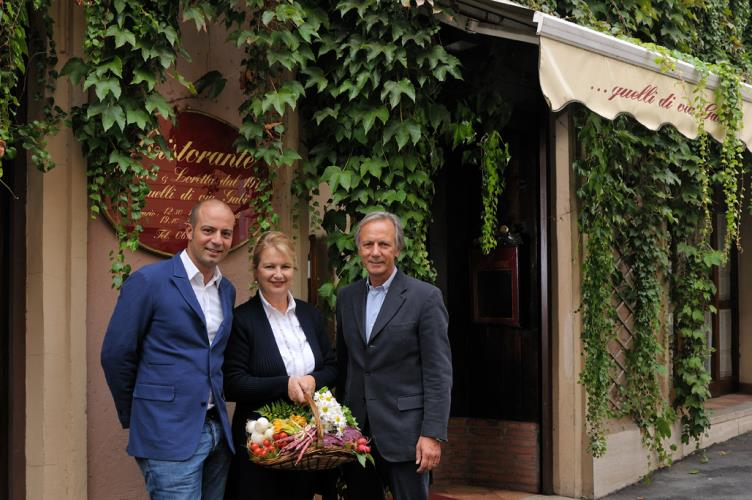 Discover typical dishes of culinary tradition romanesca thanks to the Convention at the Best Western Hotel Piccadilly restaurant by Roberto and Loretta.