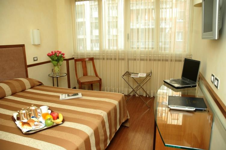 Comfort double room 3 stars hotel in Rome