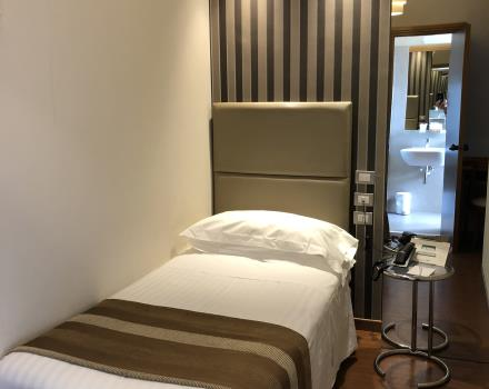 Chambre individuelle hôtel Piccadilly 2018