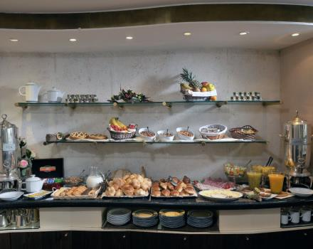 Discover the rich breakfast at the Best Western Hotel Piccadilly and enjoy the spectacular view of Rome!