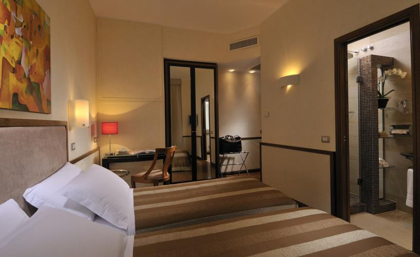 Book your room in Rome, staying at the Best Western Hotel Piccadilly