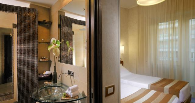 Discover the comfort rooms of the Hotel Piccadilly!
